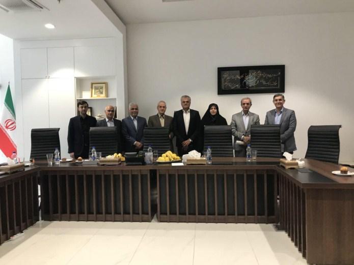 برگزاری  جلسه مشترک تشکل های صنایع نساجی ، پوشاک و چرم عضو اتاق بازرگانی با ریس اتاق