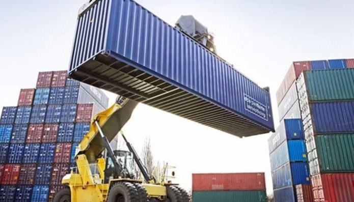 کاهش صادرات جدی ترین مشکل تجارت خارجی
