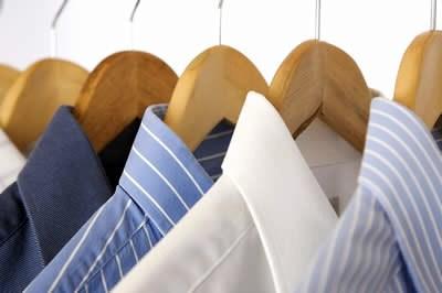 """ادامه روند کنونی """"رکود بازار"""" تعطیلی ۲۰۰۰ واحد پوشاک مشهد را بهدنبال دارد"""