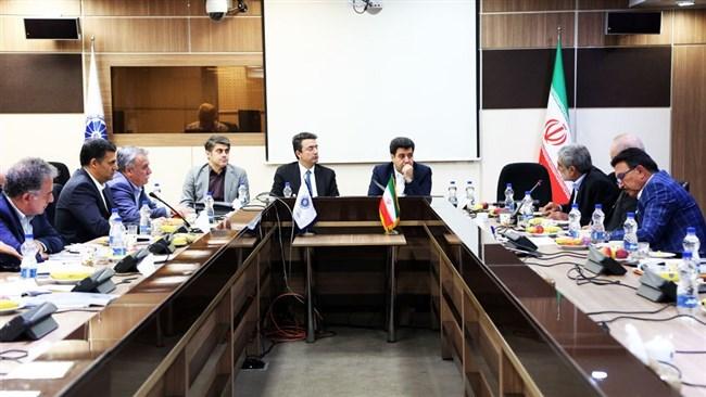 بسته پیشنهادی اتاق ایران برای رقابتپذیری زنجیره ارزش پتروشیمی تهیه میشود