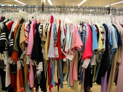 صدور مجوز برای فروش ۷۰ برند خارجی پوشاک