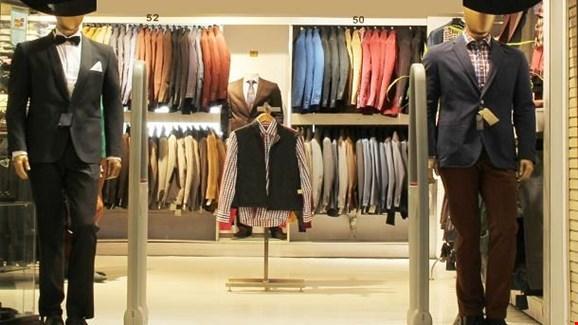 9 برند خارجی پوشاک از تهران رفتند، دولت حمایت کند، وضعیت تولید پوشاک بهتر خواهد شد